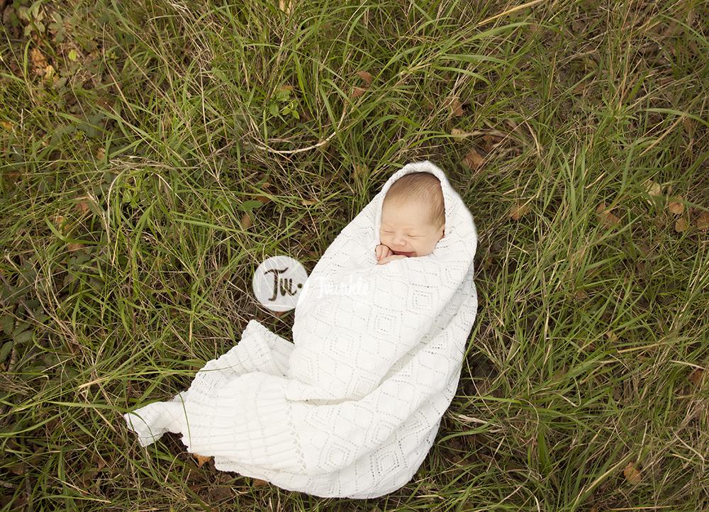 sesion fotos recien nacido exteriores