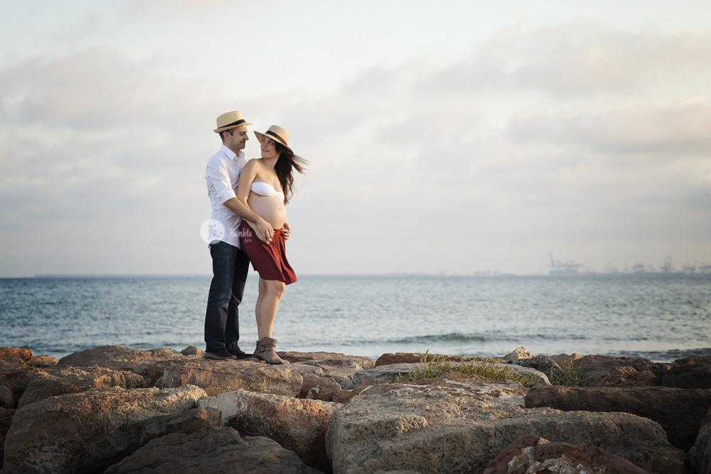 La embarasada y sus biejas amigas - 2 part 2