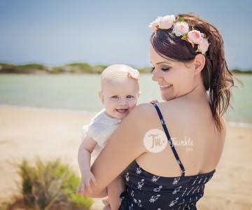 Sesión de fotos bebé y mamá en Valencia