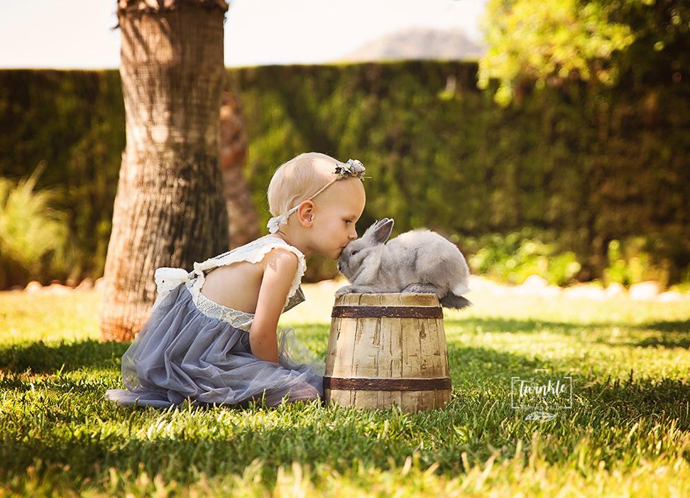 foto-niña-conejito-valencia-1
