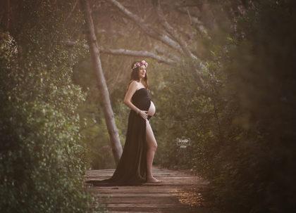 sesion embarazo bosque corona flores valencia twinklefoto / ¿Sesión de fotos del embarazo en estudio o en exteriores?